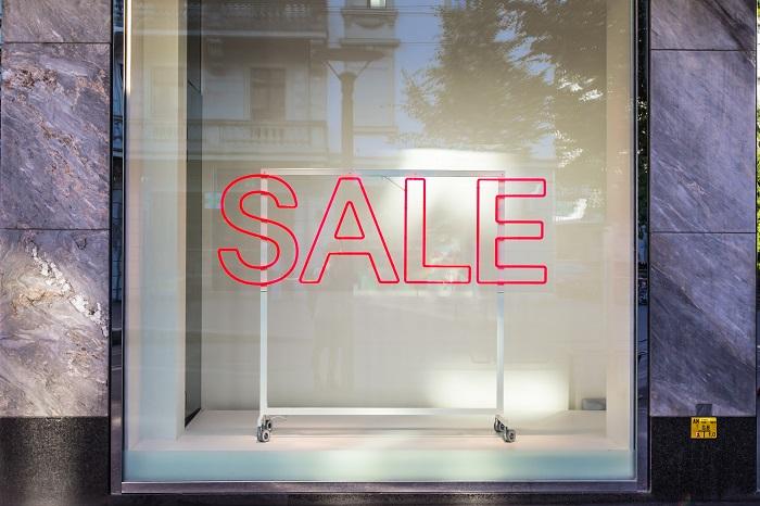 airbnb off season percentage discount