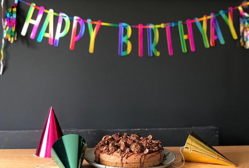 airbnb add on services birthday decoration